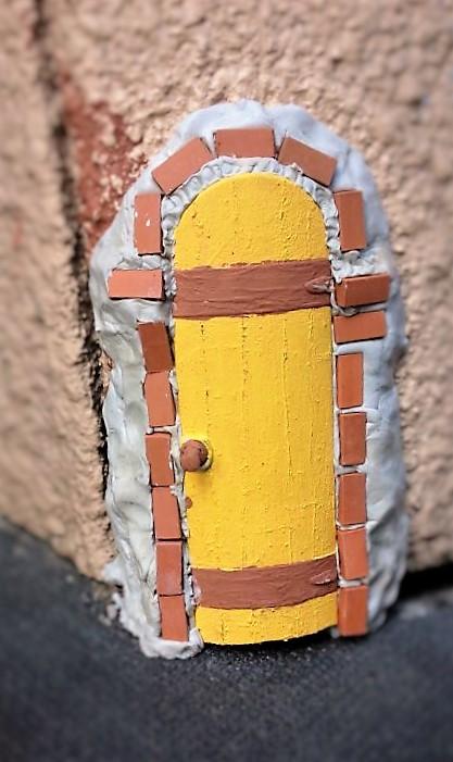 !謎のドア